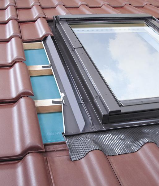 Dachfenster eindeckrahmen  Eindeckrahmen Fakro EZV für Dachfenster