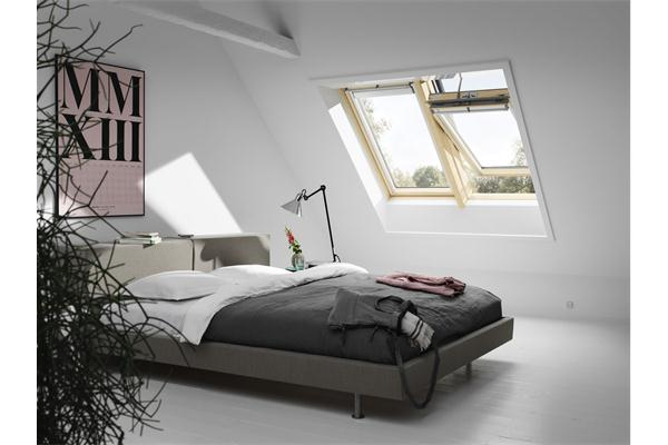 fen tre intelligente velux solar ggl 3066 finition bois. Black Bedroom Furniture Sets. Home Design Ideas