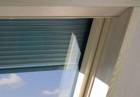 Außenrollladen ARZ-H für FAKRO Dachfenster aus Holz mit Wärme- und Schallschutz