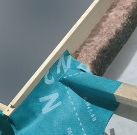 Air permeable underfelt collar for roof windows