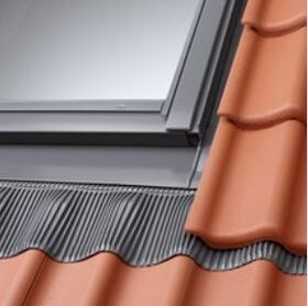 Flashing VELUX EDJ 0000 for recessed installation and for profiled roofing material up to 90mm
