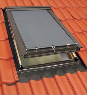 Awning blind for top-hung FAKRO roof windows (FEP, FKP & FKU)