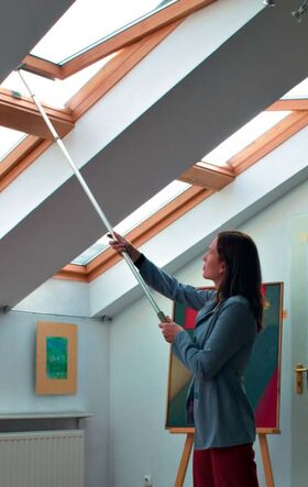 FAKRO ZST: telescopic rod for Fakro roof windows